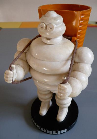 Michelin bibendum for Porte 12 michelin
